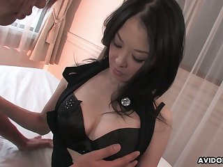 Asian milf with juicy tits Sayoko Machimura gives a good blowjob and gets her slit creampied