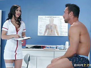 Latina bombshell nurse Alina Lopez rides her patient on the table