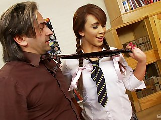Uniformed Hannah Shaw wants to please her friend with hard fuck