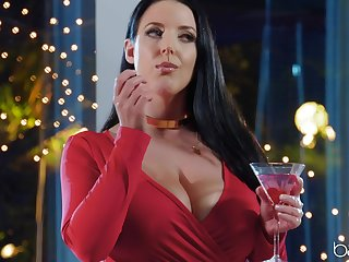 Busty pornstar Angela White loves to be fucked in her horny ass