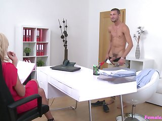 Hardcore fucking during casting between Cristal Caitlin and a handsome man
