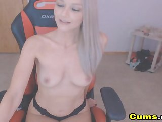 Lovely Taking Teen Loves to Dissemble Elsewhere on Cam