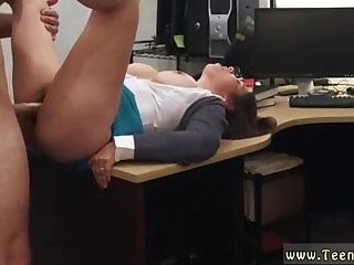 Fat young gentleman is getting despoil from get under one's back, on her desk, instead of rendition her job