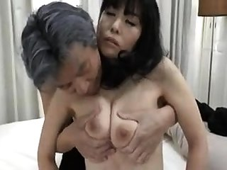 Young Japanese Swingers In Japanese Spa